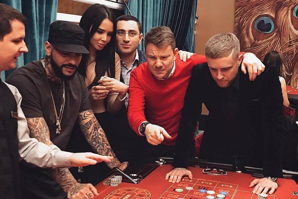 Общая подготовка охраны в казино игровые аппараты крези фрукт