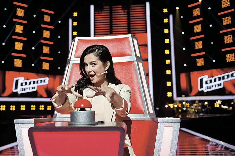 Пока Нюше прочили участие в «Евровидении», она вовсю набирала детей в свою команду в шоу «Голос. Дети». Фото: Максим ЛИ/Первый канал