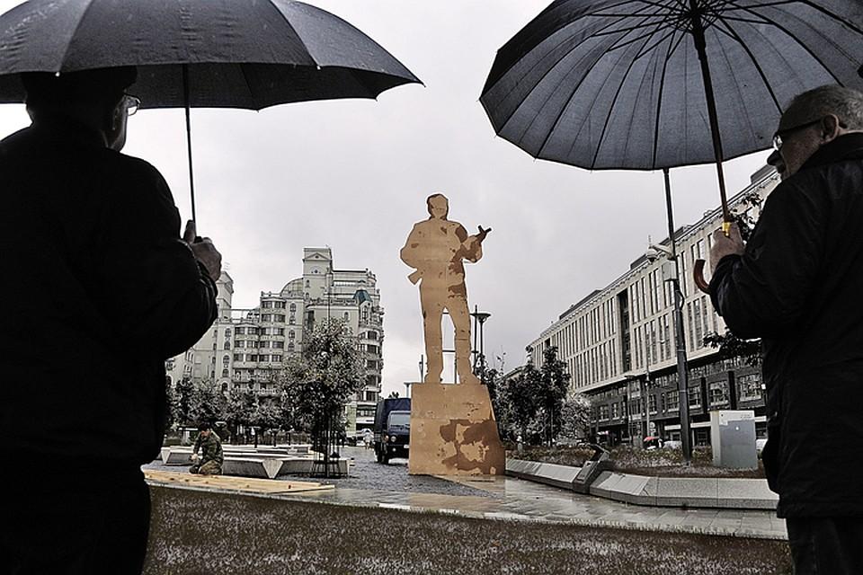 Недорогие памятники в москве Жуковский памятники в могилеве на криулина