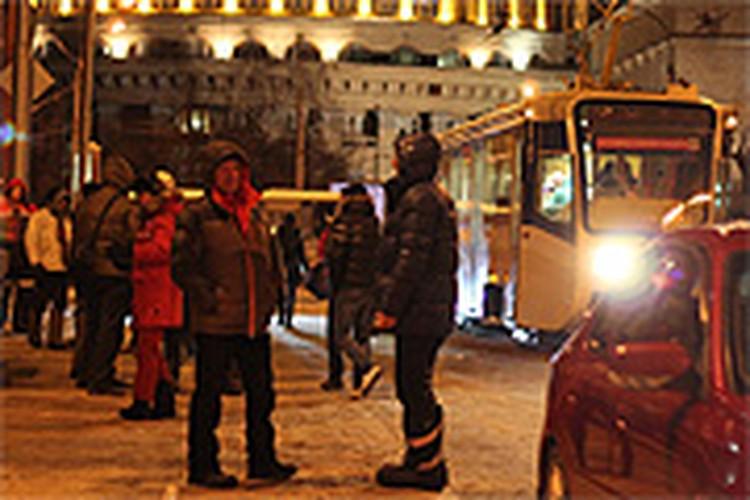 ля фильма «Елки-3» сняли ДТП рядом с Оперным театром Новосибирска