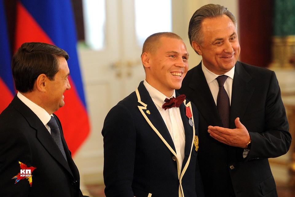 Бронзовый призер Олимпиады боксер Владимир Никитин.