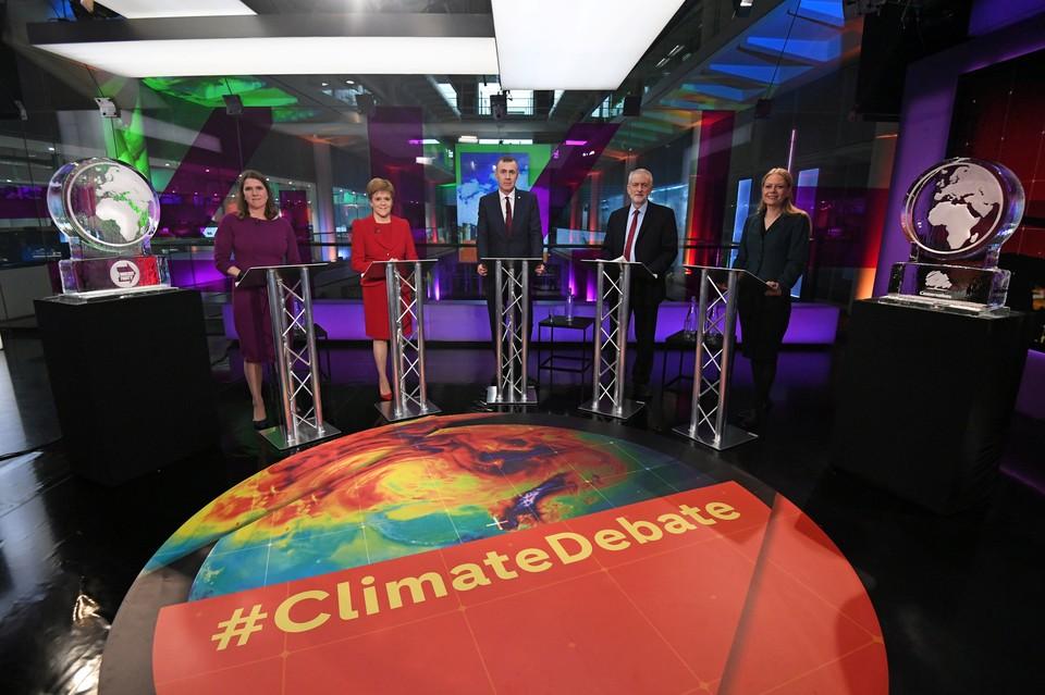 Представители ведущих политических партий Великобритании сошлись в теледебатах по проблематике изменения климата.