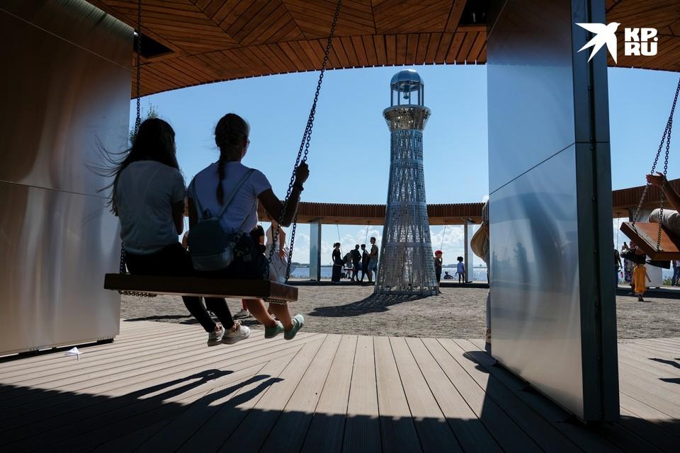 В Кронштадте открылся Музейно-исторический парк «Остров фортов». Он посвящен ВМФ и призван стать центральным общественным пространством нового культурного кластера в город воинской славы.