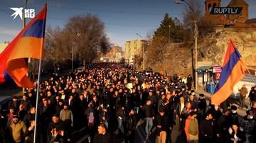 Армения: Сторонники оппозиции в Ереване требуют отставки Пашиняна