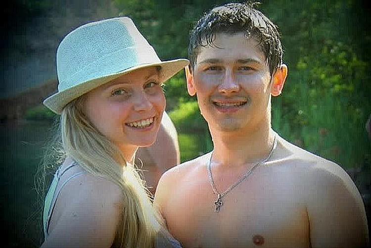 Супруги Клочковы выглядели, как молодожены. Фото: соцсети