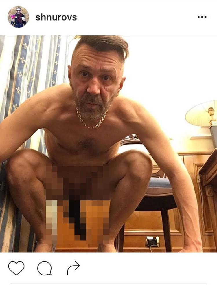 Спустя полчаса фотография была удалена. Но вскоре носок на Шнуре вновь заболтался на весь Интернет Фото: https://www.instagram.com/shnurovs/