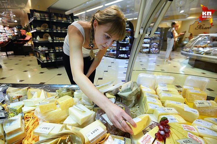 То, что при добавлении растительных масел, порой очень низкого качества, меняется пищевая ценность молочного продукта, недобросовестных производителей не волнует
