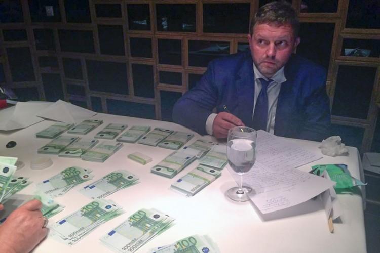 Никиту Белых поймали с поличным в московском ресторане. Фото: sledcom.ru