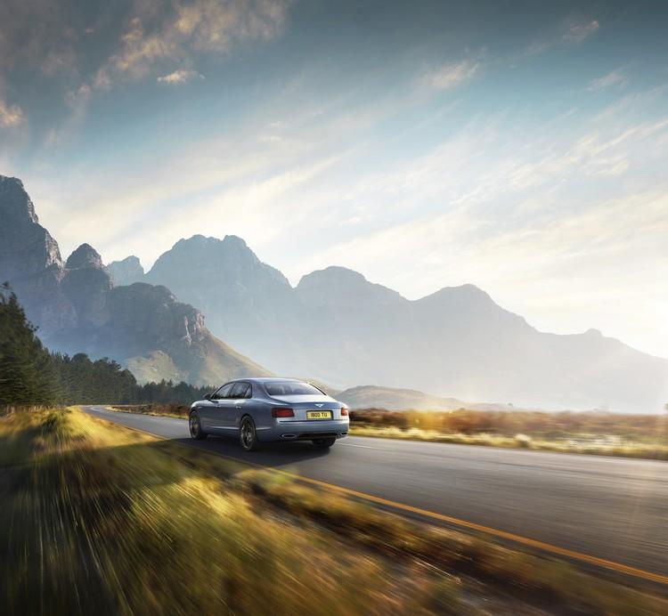 Вольфганг Дюрхаймер, председатель Совета директоров и исполнительный директор компании Bentley Motors уверен, что Flying Spur понравится клиентам, которые хотят автомобиль с уникальными возможностями