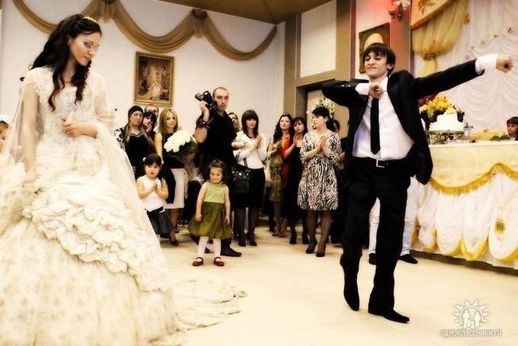 Магомед Нурбагандов несколько лет назад отпраздновал свадьбу. Фото: ok.ru