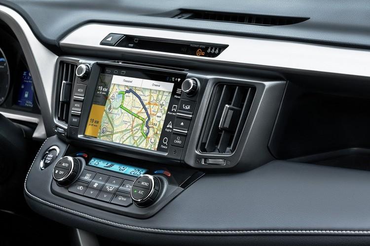 Ну и главная технологическая «обновка» – популярнейшая навигационная система от Яндекса теперь инсталлирована в мультимедийный центр автомобиля по умолчанию
