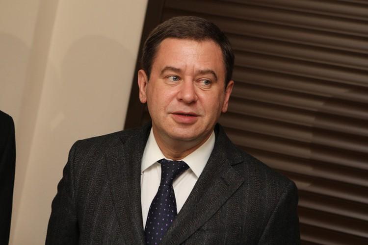 По версии следствия, Юревич подговорил своего зама Олега Грачева распространить клевету на председателя областного суда.