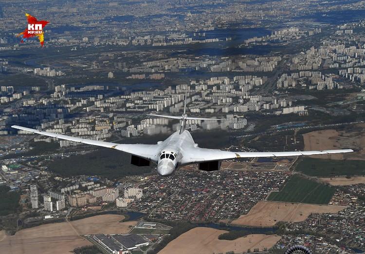 Среди лётчиков мощная, но элегантная машина получила прозвище «Белый лебедь».