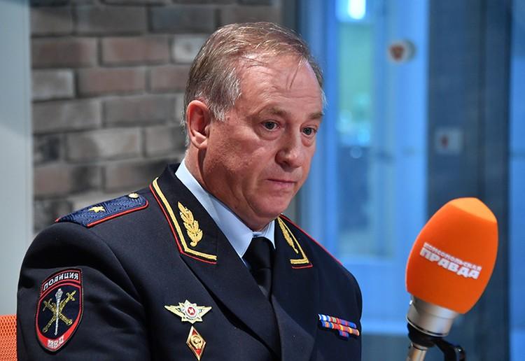 Начальник УВД Центрального округа столицы генерал-майор Александр Букач отметил, что ситуация, которая произошла на Арбате 26 мая для города не уникальна