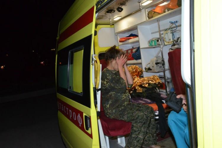 Испуганную Яну увезли на вертолете в Красноярск Фото: ГУ МЧС по Красноярскому краю