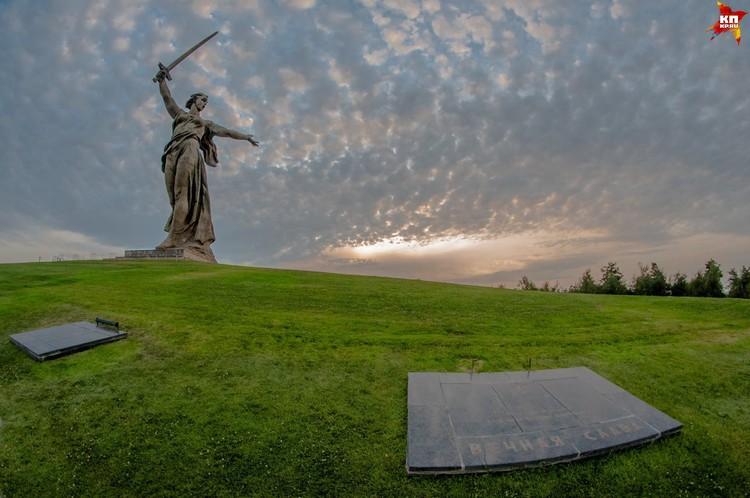 В следующем году скульптура скроется в лесах.