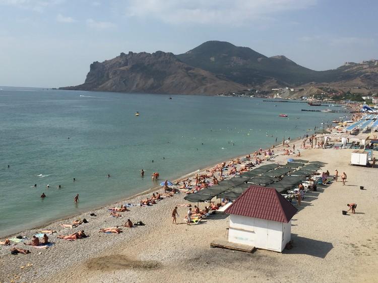 Самый популярный нудисткий пляж находится в Коктебеле.