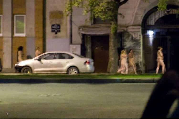 """""""Марш голых проституток"""" уже вошел в историю Петербурга."""