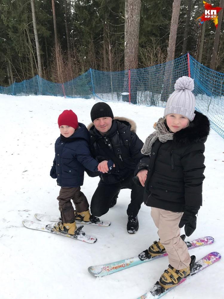 С дочкой Полиной и сыном Андрюшей. Фото: личный архив.