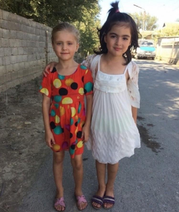Милана спасла этих девочек. Фото: МЧС Дагестана