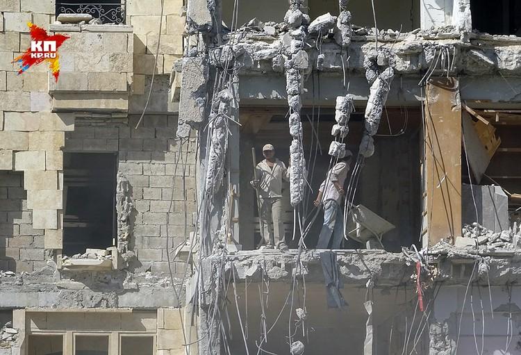Самые серьезные разрушения в Алеппо - в восточных районах города, где долгое время удерживали свои позиции террористы.