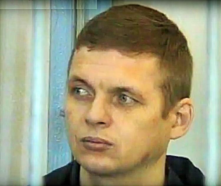 Дмитрий Ворошилов свое участие в серийных убийствах отрицал, а в ходе следствия еще жаловался на пытки со стороны полиции