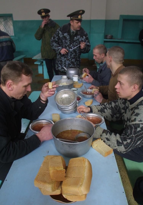 Сегодня голода как такового в тюрьмах нет