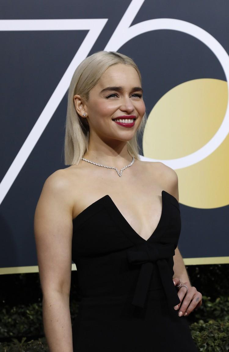 """Эмилия Кларк стала блондинкой - совсем как ее героиня из """"Игры престолов""""."""