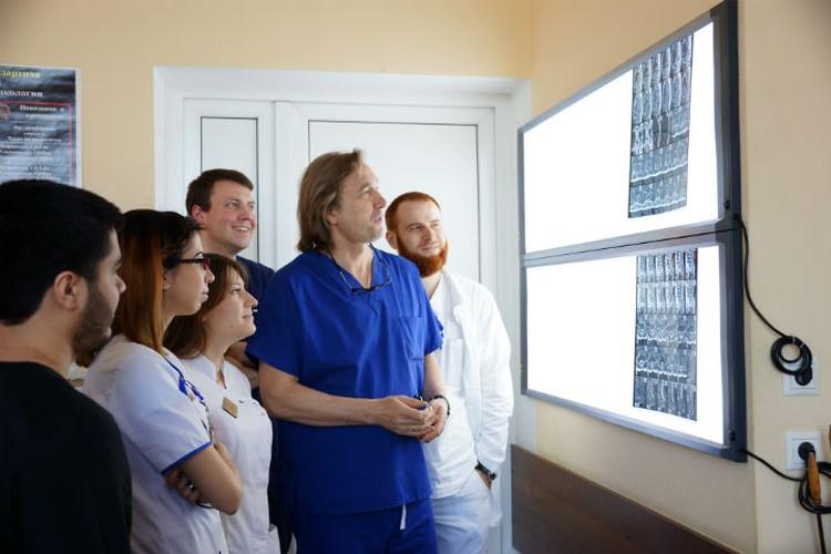По мнению Евгения Левченко, отечественная онкология находится на высоком уровне развития. ФОТО: предоставлено НМИЦ онкологии им. Петрова
