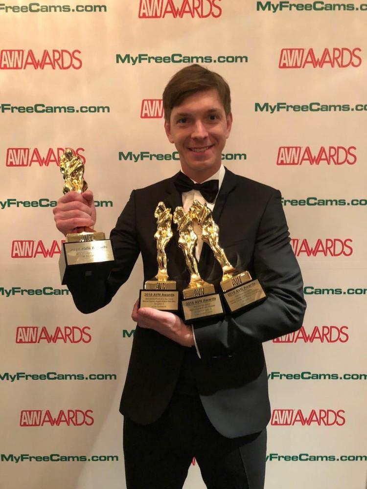 В этот раз Алексея признали лучшим сразу в четырех номинациях.