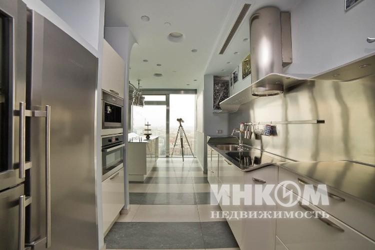 Квартира расположена в одной из башен комплекса «Москва-Сити». ФОТО Инком недвижимость