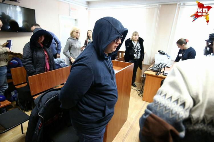 Сидоров попросил прощения у матери погибшей девочки.