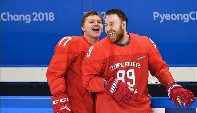 Наши хоккеисты на Олимпийских играх. Вото: из личного архива Кирилла Капризова