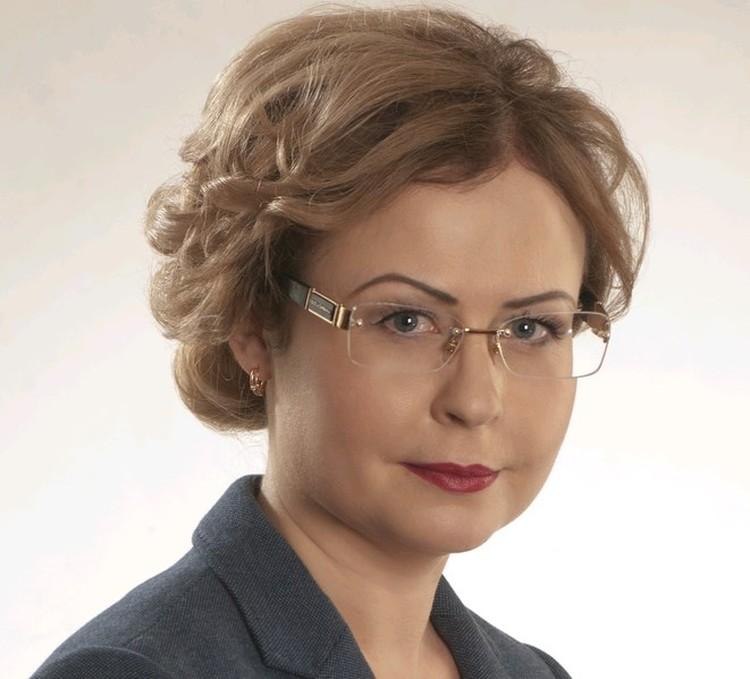 Бывший следователь, а ныне адвокат Елена Калиничева, сейчас представляет интересы нескольких пострадавших от МКБ.