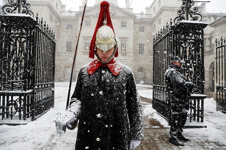 В Соединенном Королевсте мощные метели - до 40 сантиметров снега