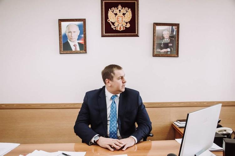 Раскрытых преступлений в карьере Максимова было так много, что все сразу вспомнить проблематично