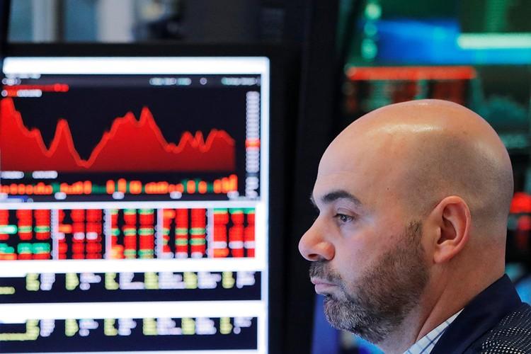 Фондовый рынок упал. Акции компаний, особенно вошедших в санкционный список, рухнули