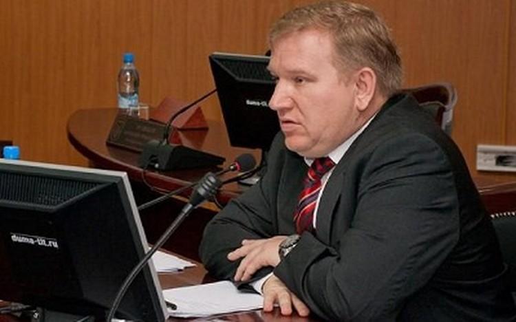 Владимир Дуцев владеет квартирами, пазиком и БМВ