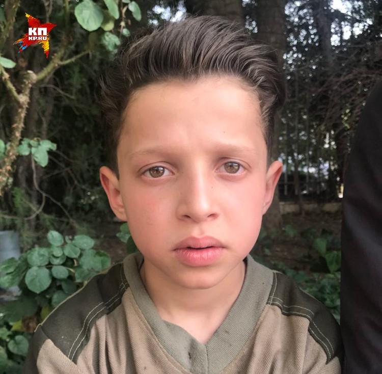 Мальчик по имени Хасан фигурирует на съемке «белых касок».