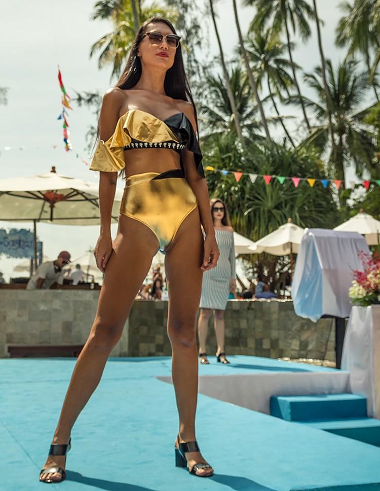 Плюс ко всему новый тренд — «золотые купальники»