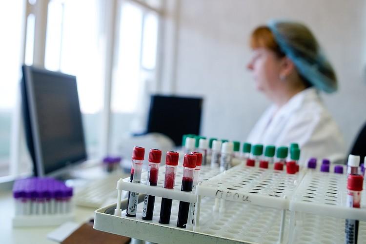 Существует четыре допустимые комбинации группы крови
