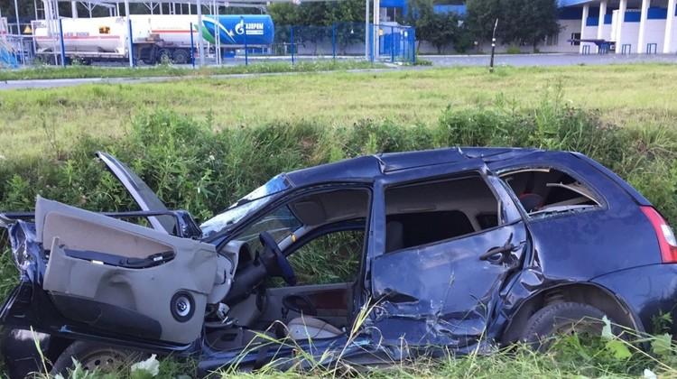 Вот что осталось от машины после аварии.