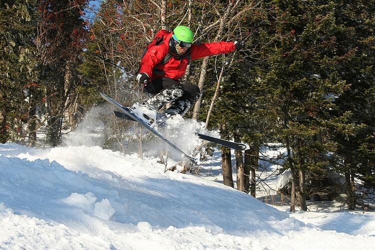 Руслан давно увлекался горными лыжами