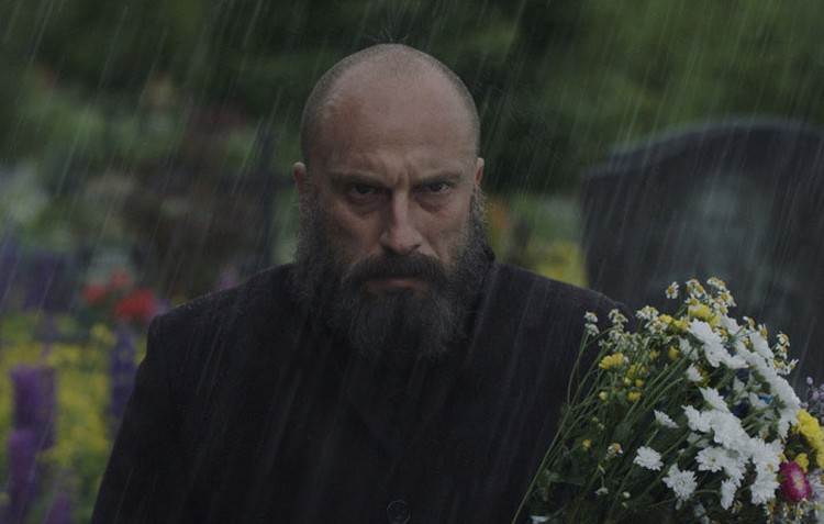 Дмитрий Нагиев в роли Виталия Калоева.
