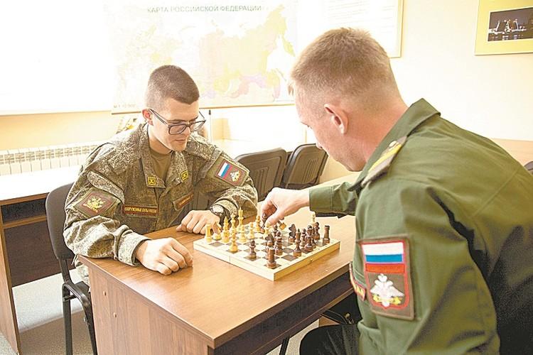 Шахматы – лучшая разминка для мозга.