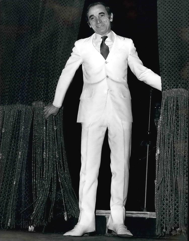 Умер Шарль Азнавур, знаменитый французский шансонье