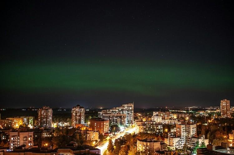 Петербуржцы заполнили соцсети снимками уникального явления. Фото: vk.com/paha_panfiloff