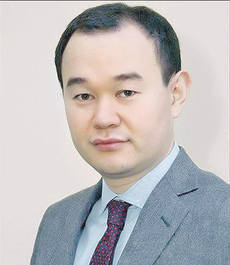 Денис Пак сделал замечание шумной компании и попал в больницу. Фото: Минпромторг РФ