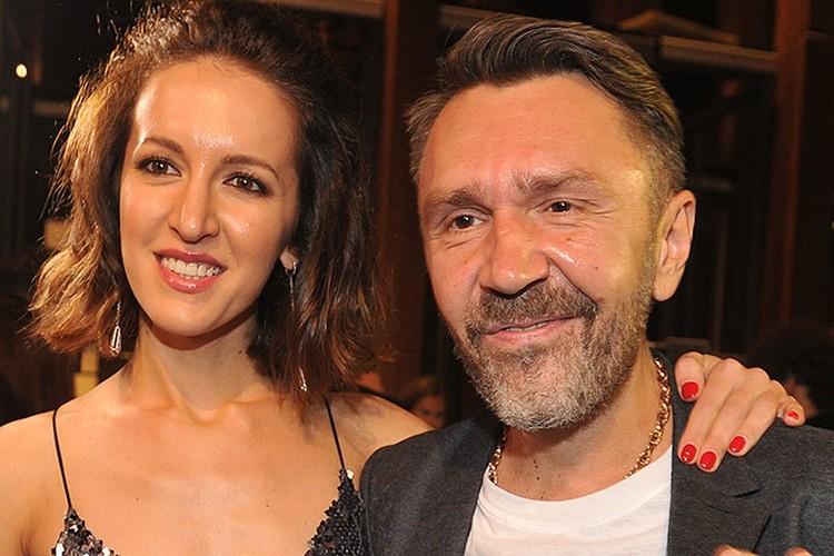 Летом Сергей Шнуров стал завидным женихом - он развёлся с супругой Матильдой после семи лет брака