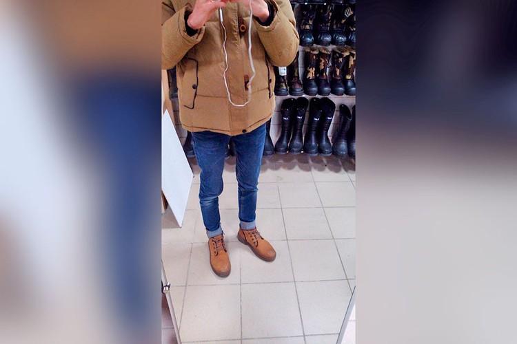 Парень фотографировал своей бывшей спутнице ту самую куртку